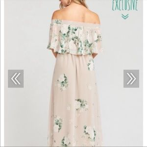 Show me Your MuMu. Hacienda Bouquet Toss Maxi